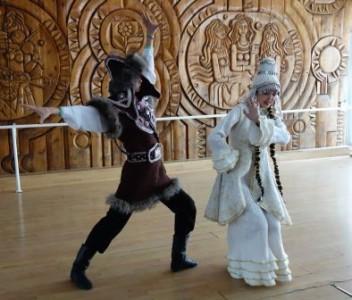 8 костюмированный танец